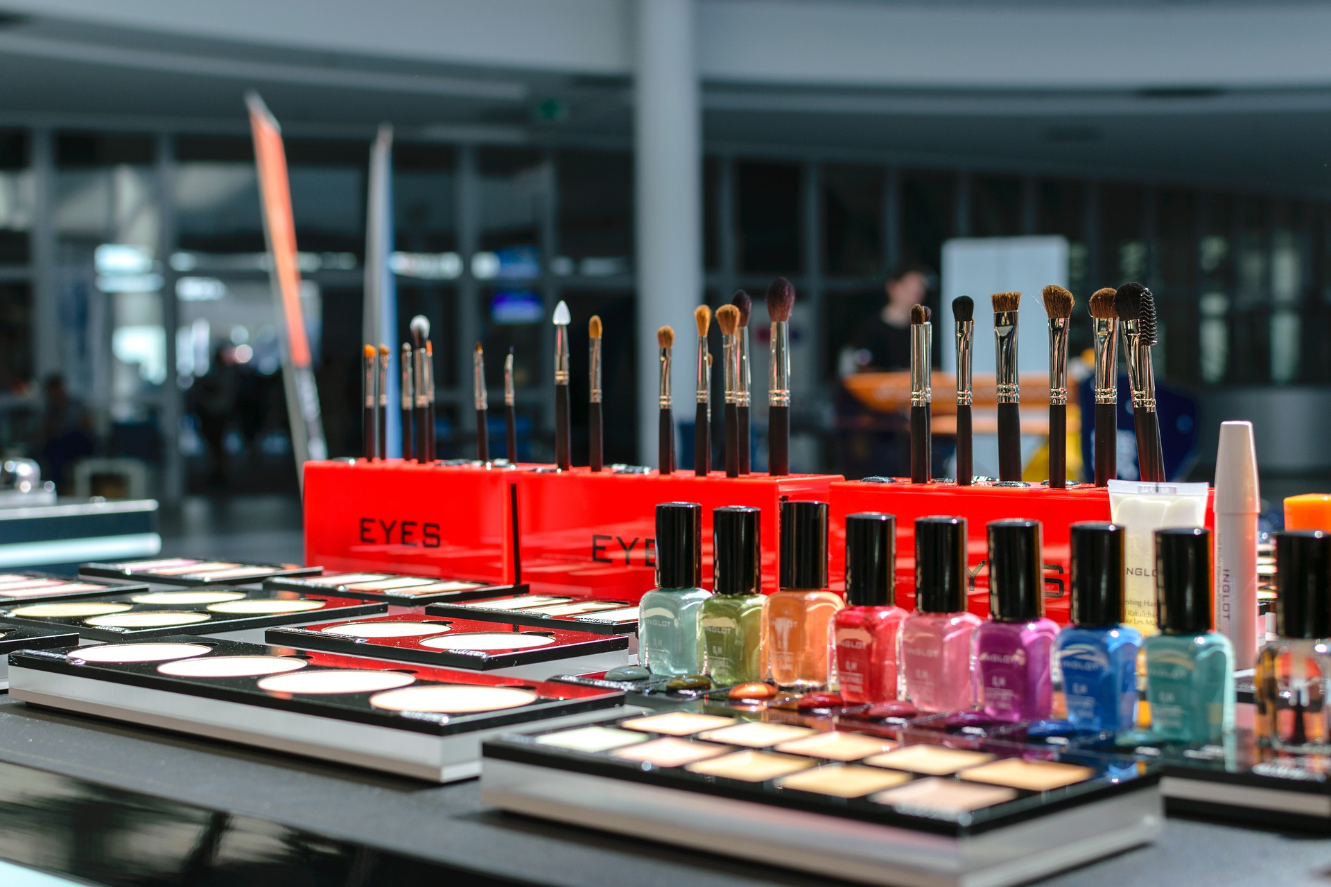 Maquillando el carnaval y traduciendo la cosmética